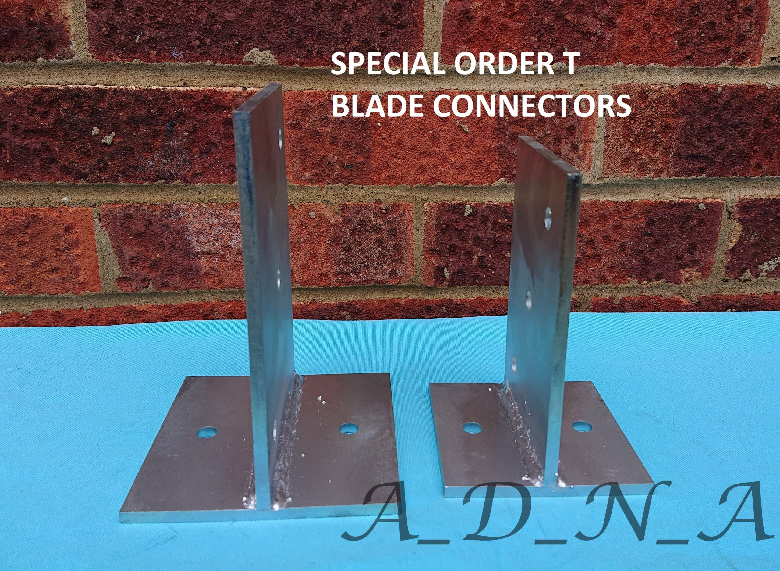 GALVANIZED STEEL T BLADE BOLT DOWN POST SUPPORT/& TIMBER CONNECTOR//CONCEALED BASE